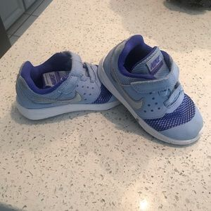 Nike tennis shoes for toddlers